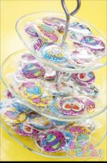 Eva Cheung x Galaxxy ★ RANDOM Original Design Badges